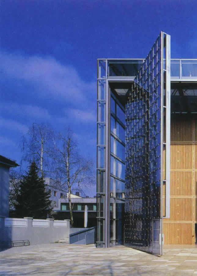 怎么办理建筑资质在哪延期呢?